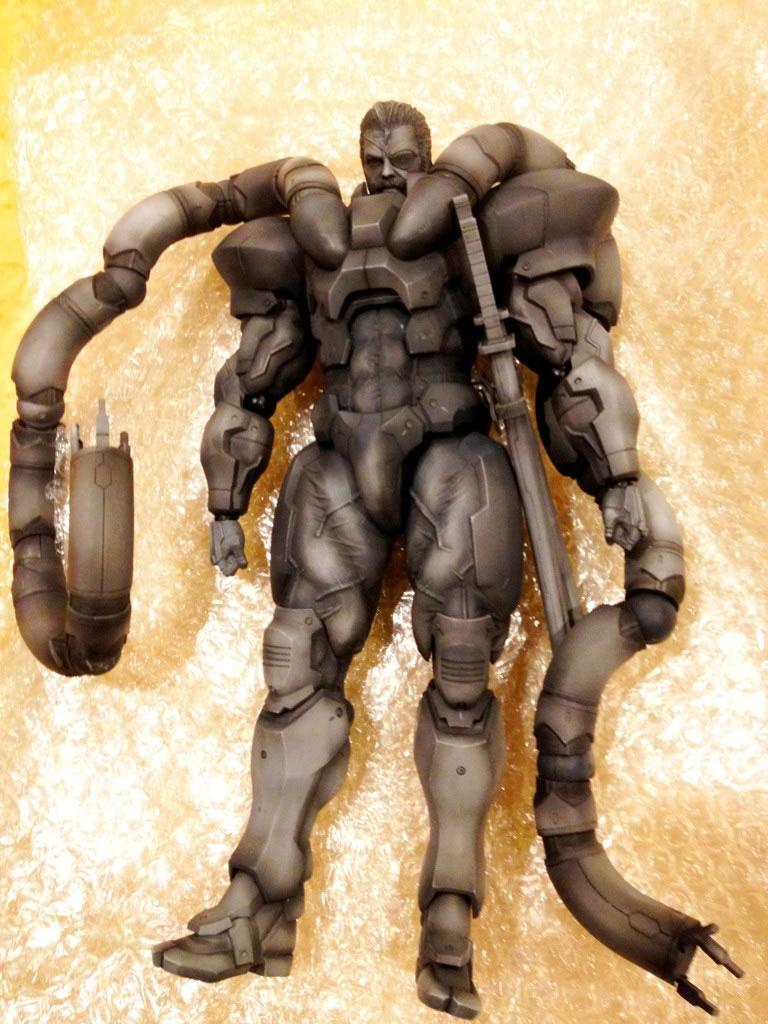 Solidus-Snake-Figure-2