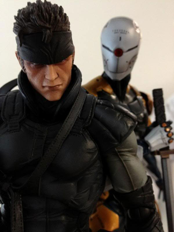 Solid-Snake-and-Gray-Fox-Action-Figure-Metal-Gear-25th-Anniversary