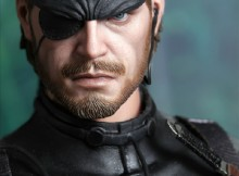 Big Boss Figure Close