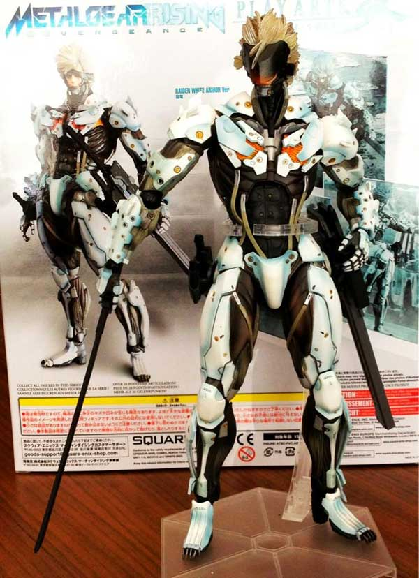 MGS-Raiden-Rising-Play-Arts-Kai