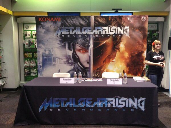 Metal-Gear-Rising-Launch-Event-LA-Signing-Table