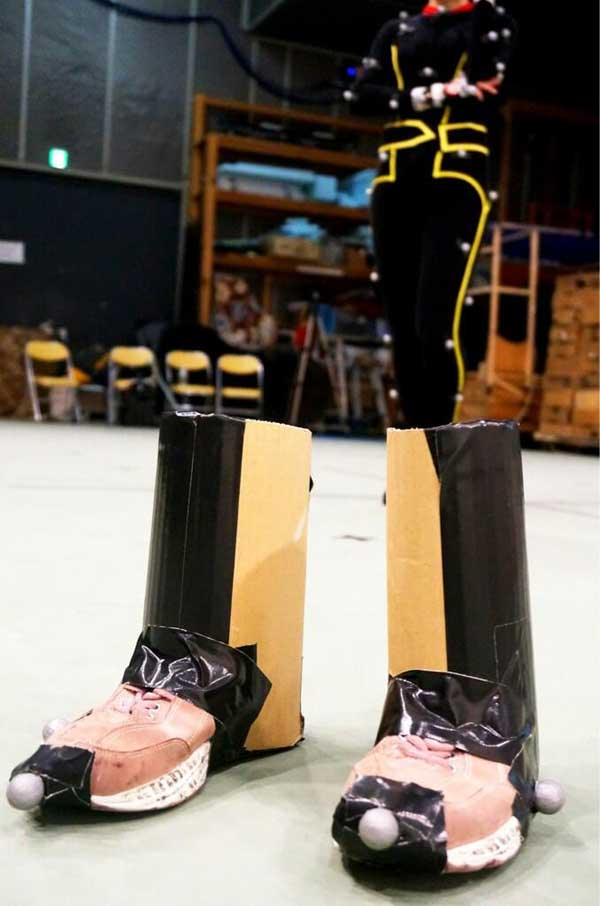 Metal-Gear-Solid-V-Motion-Capture-Boots
