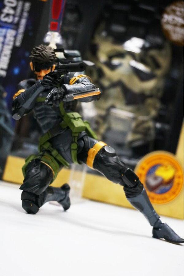 Revoltech-Snake-Figure-4