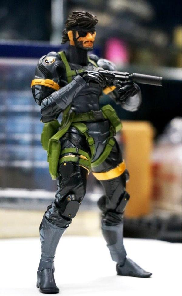 Revoltech-Snake-Figure