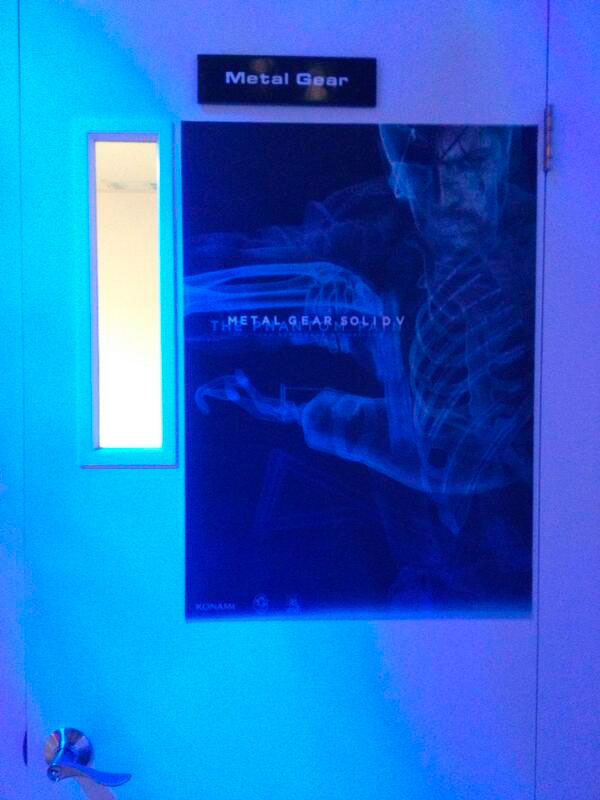 E3-2013-Kojima-Interview-Room-Door