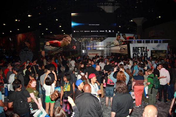 E3-2013-Konami-Booth-Overview