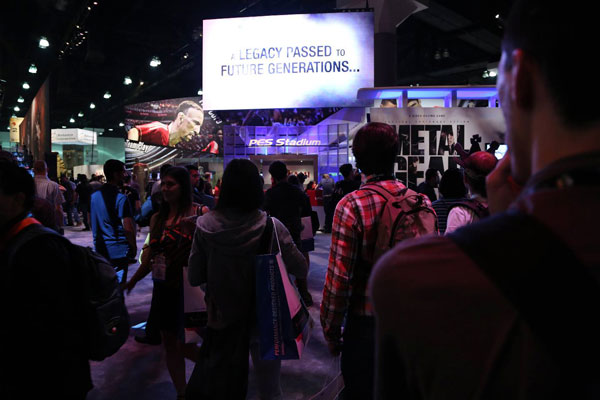 E3-2013-Konami-Booth-Screen