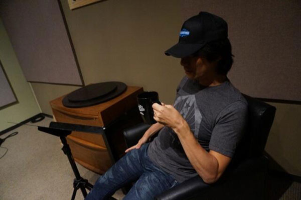 Kojima-Recording-Session-LA-Break