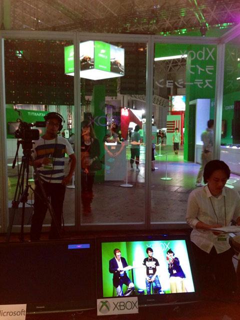 Xbox-TGS-2013-Booth-Kojima