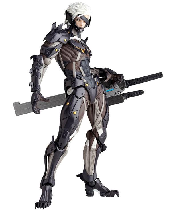 Revoltech-Raiden-figure
