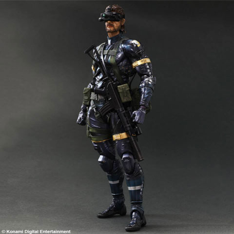 MGSV-GZ-Snake-Play-Arts-2