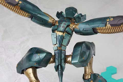 Kotobukiya-Metal-Gear-RAY-3