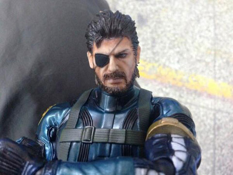 MGS-Ground-Zeroes-Snake-Play-Arts-Close