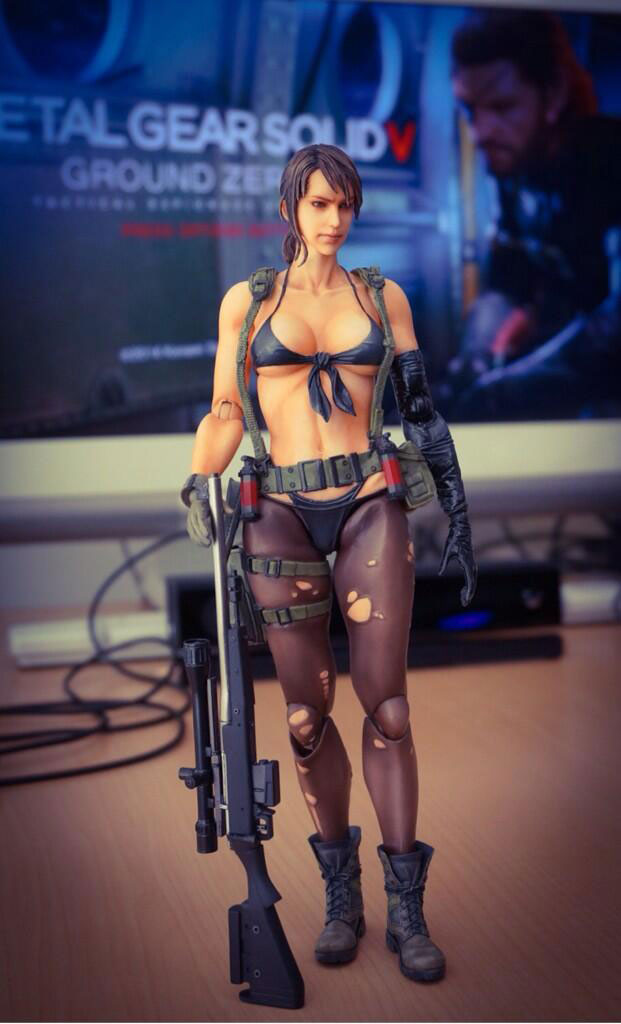 Play-Arts-Ground-Zeroes-Quiet-Figure-2