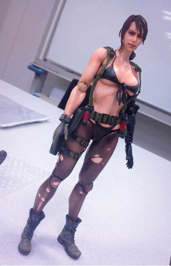 MGSV-Quiet-Figure-Play-Arts