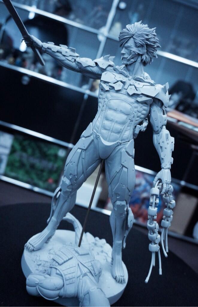 Gecco-Raiden-Statue-2