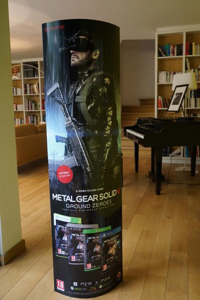 Kojima-Paris-2014-Loft-Ground-Zeroes-Standee