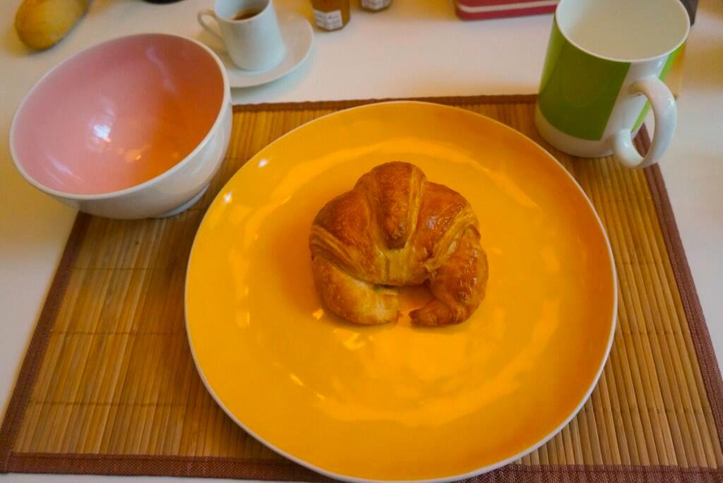 Kojima-in-Paris-Croissant