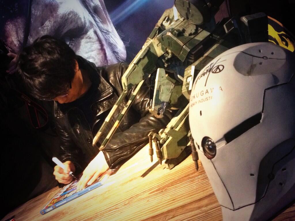 Kojima-in-Paris-Signing-Session 2