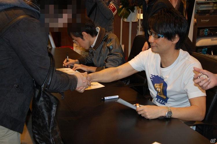 Tsutaya-Signing-Session-Kojima-20