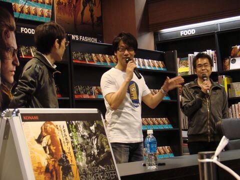 Tsutaya-Signing-Session-Kojima-8