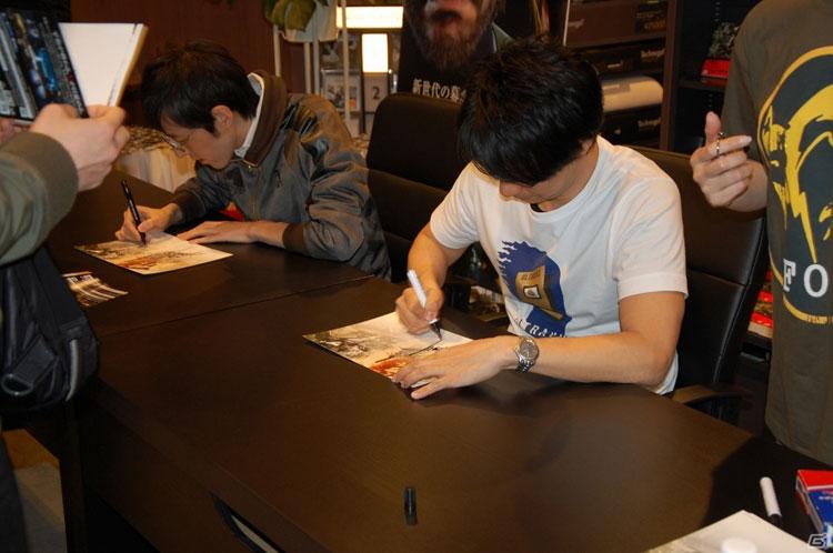 Tsutaya-Signing-Session-Kojima-9