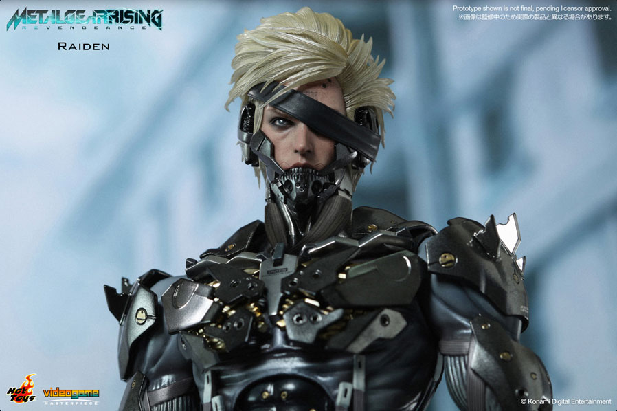 Black-Raiden-Hot-Toys-Product-Photo