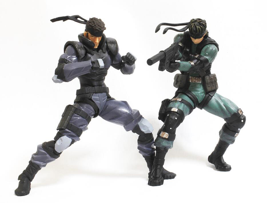 RevolMini-Solid-Snake-and-Yamato-Snake