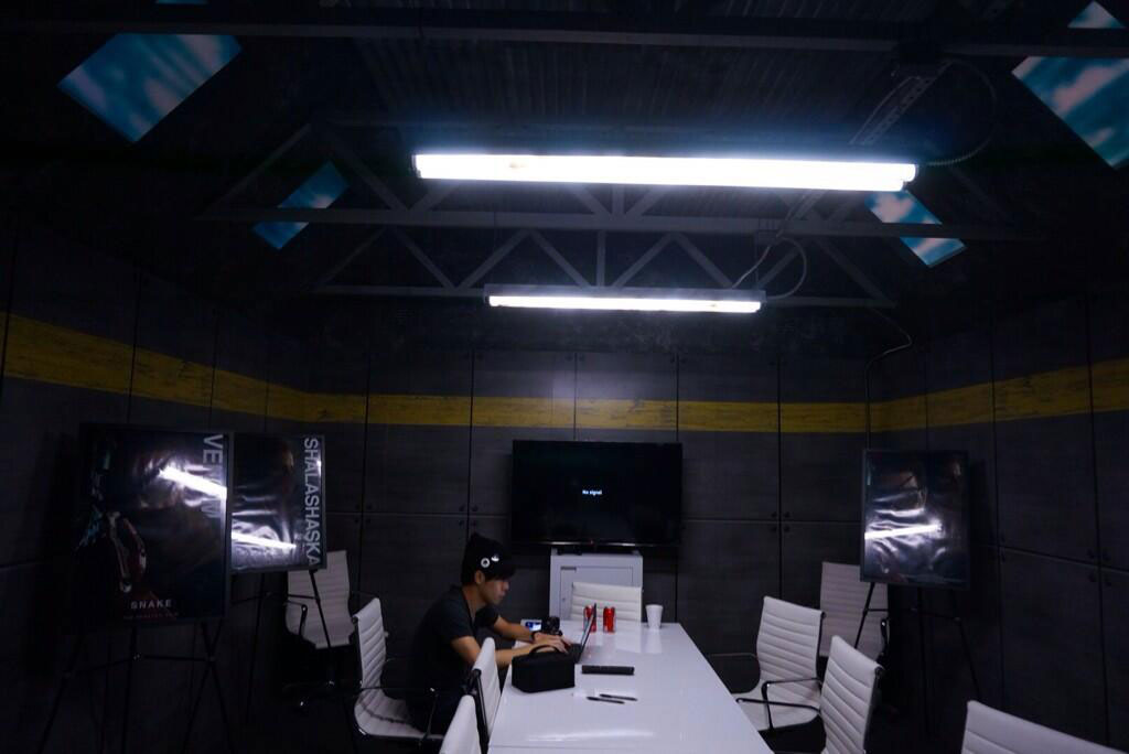 Kojima-E3-2014-Meeting-Room