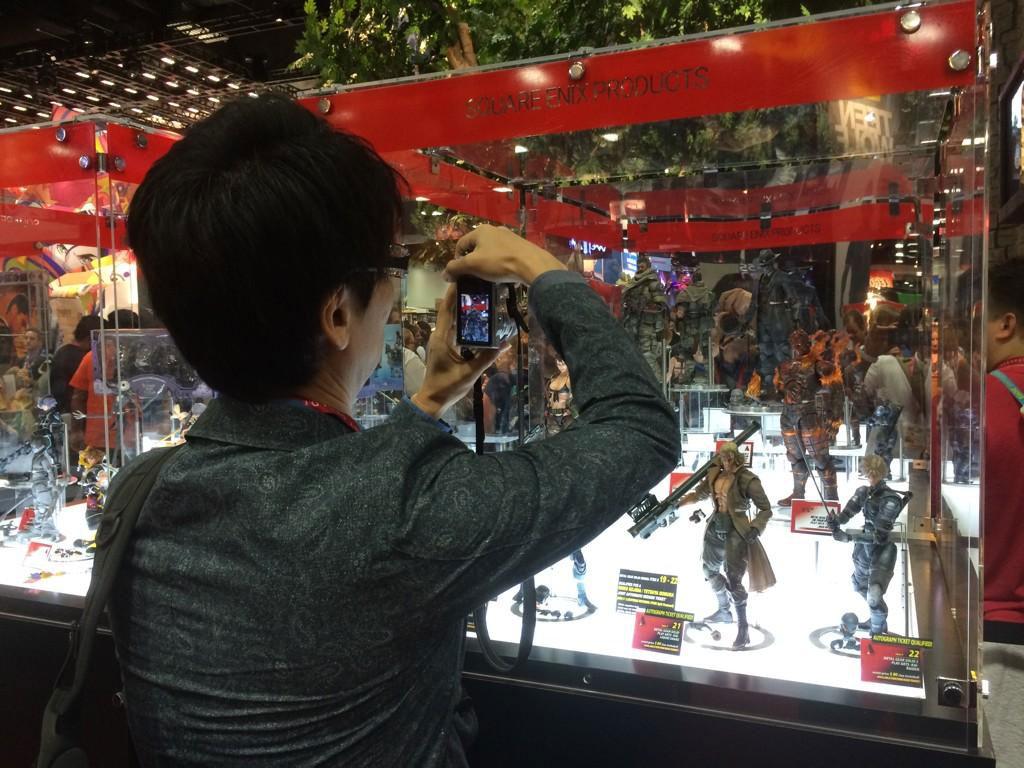 Kojima-Photographing-PAK-Booth