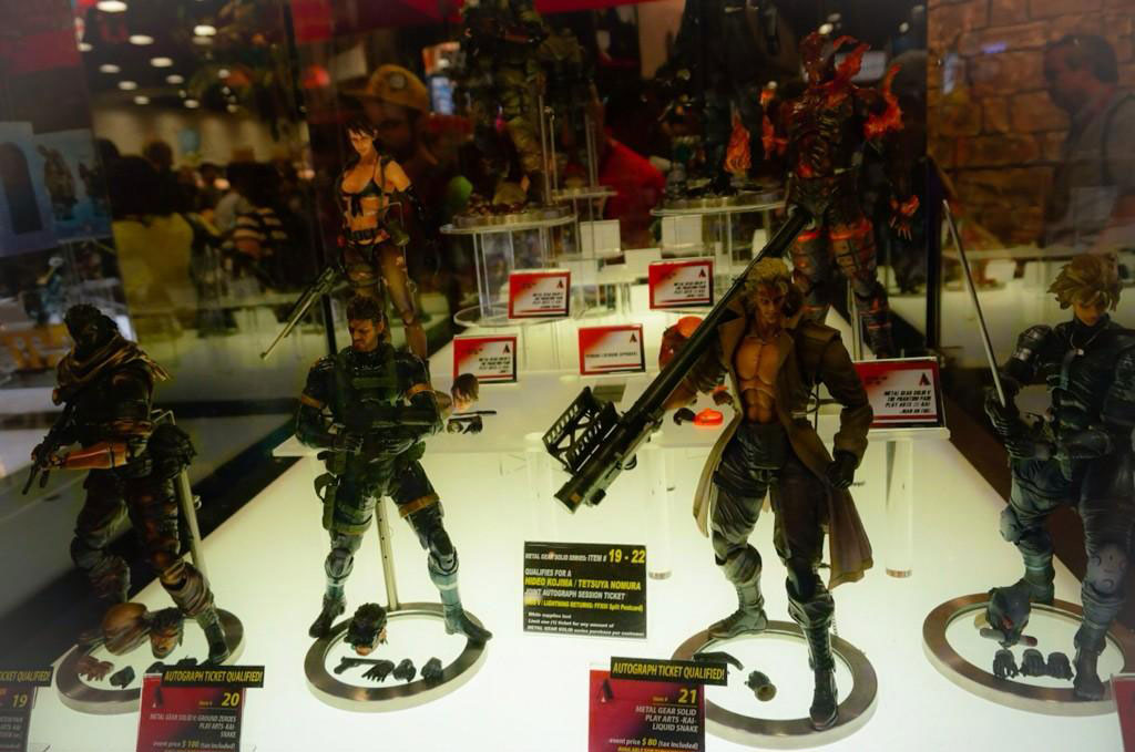 Kojima-Square-Enix-Booth-MGS-Action-Figures