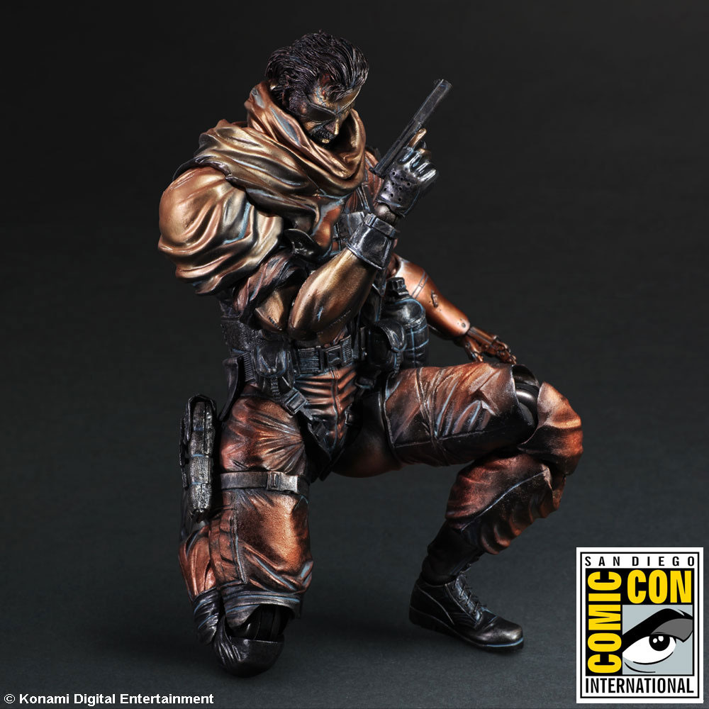 Play-Arts-Kai-Punished-Snake-Comic-Con-3