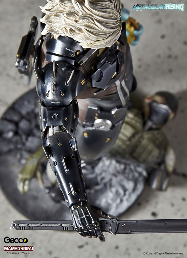 Metal-Gear-Rising-Raiden-Gecco-Statue-20