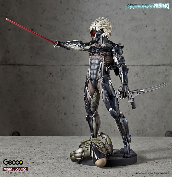 Metal-Gear-Rising-Raiden-Gecco-Statue-22