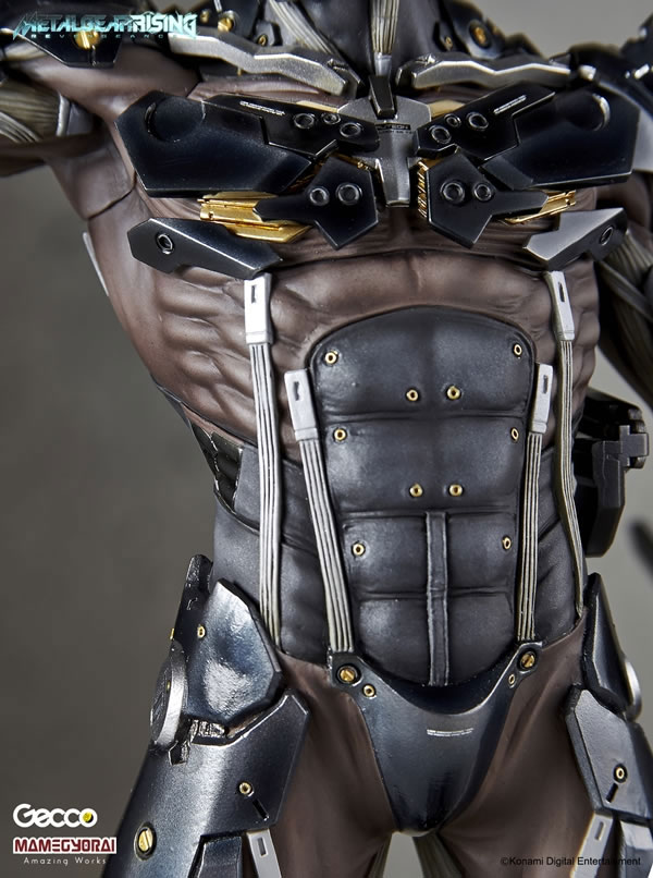 Metal-Gear-Rising-Raiden-Gecco-Statue-26