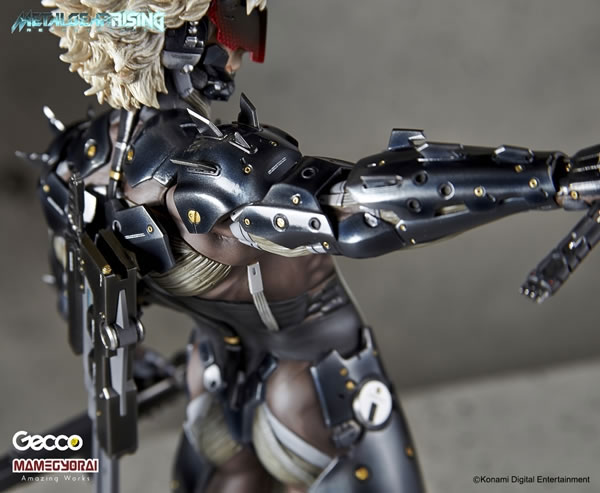 Metal-Gear-Rising-Raiden-Gecco-Statue-28