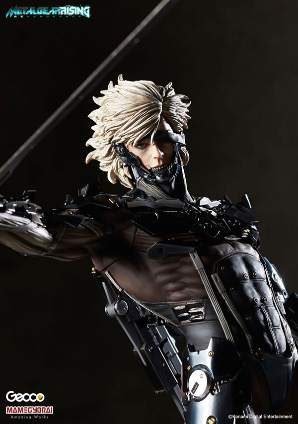 Metal-Gear-Rising-Raiden-Gecco-Statue-4