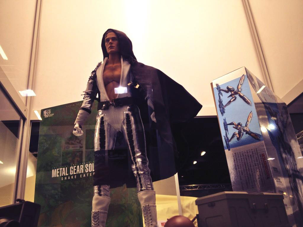 Metal-Gear-merchandise-Gamescom-2014-3
