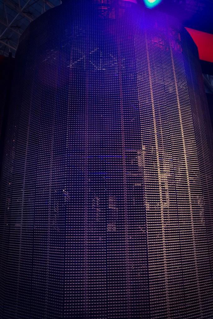 Kojima-Tokyo-Game-Show-2014-Booth-Preparations-3