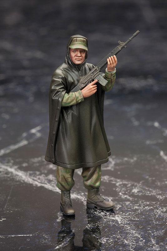 MGSV-Ground-Zeroes-Kotobukiya-Soldier-Poncho-1