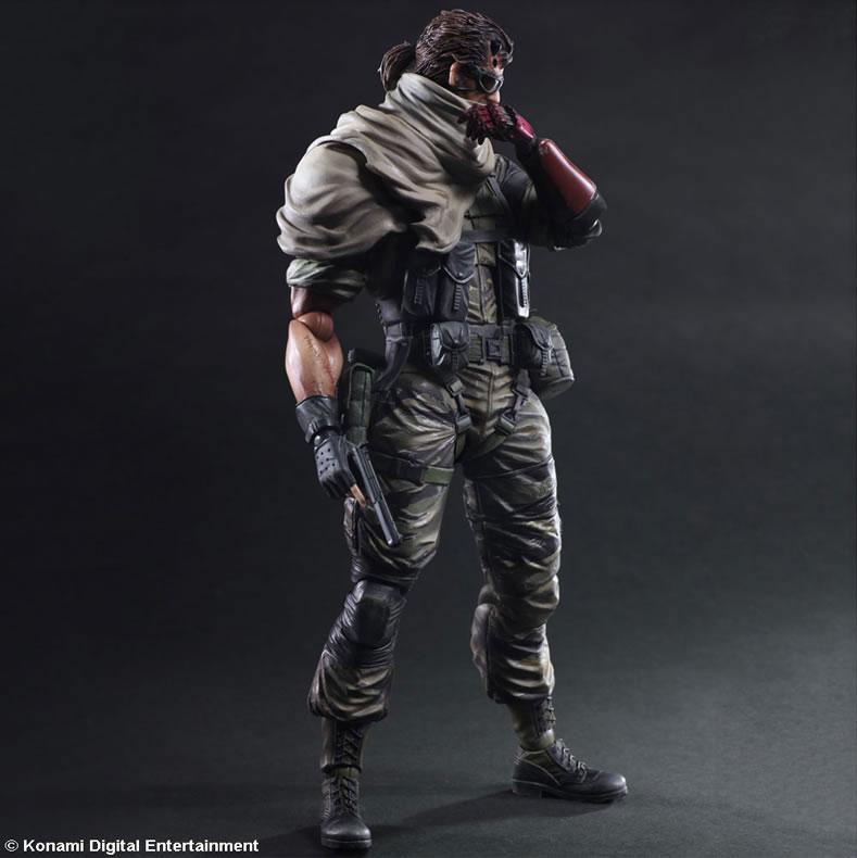 MGSV-TPP-Venom-Snake-Play-Arts-2