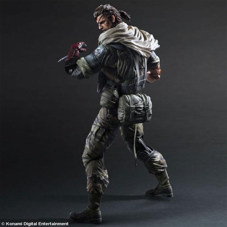 MGSV-TPP-Venom-Snake-Play-Arts-3