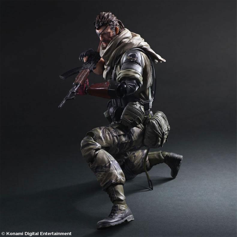 MGSV-TPP-Venom-Snake-Play-Arts-5