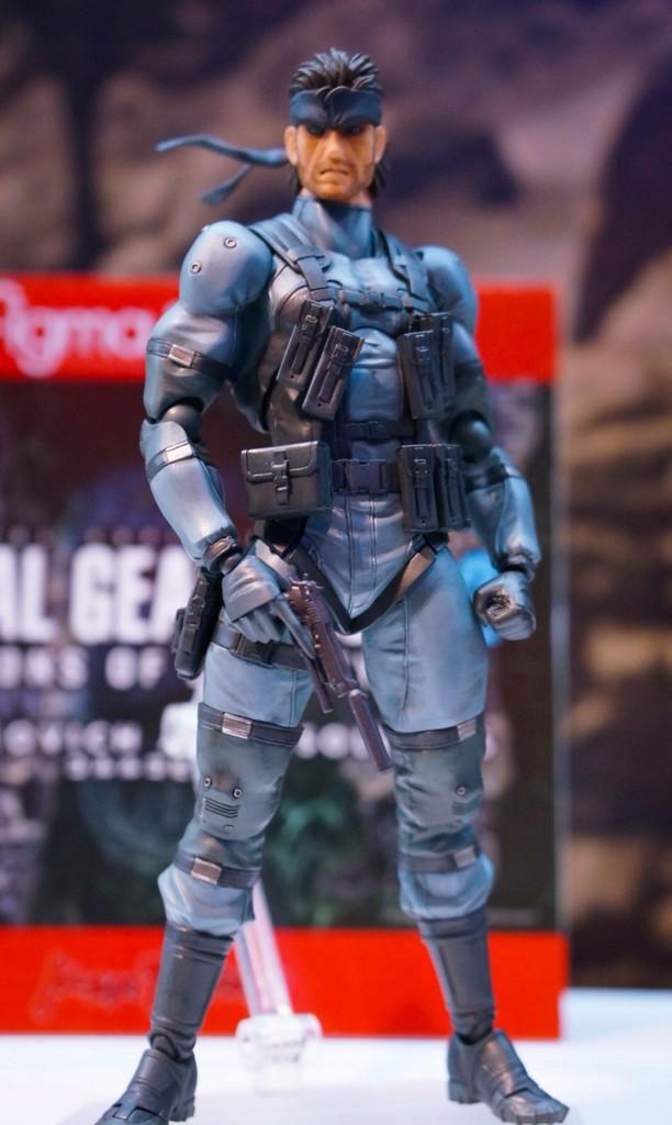Tokyo-Game-Show-2014-Figma-MGS2-Snake-Close