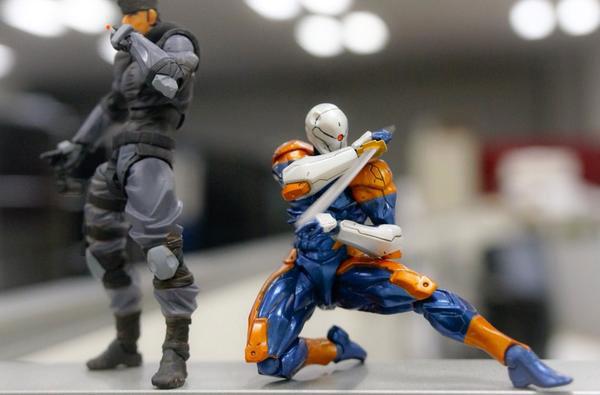 RevolMini-Solid-Snake-and-Gray-Fox-Kojima-2