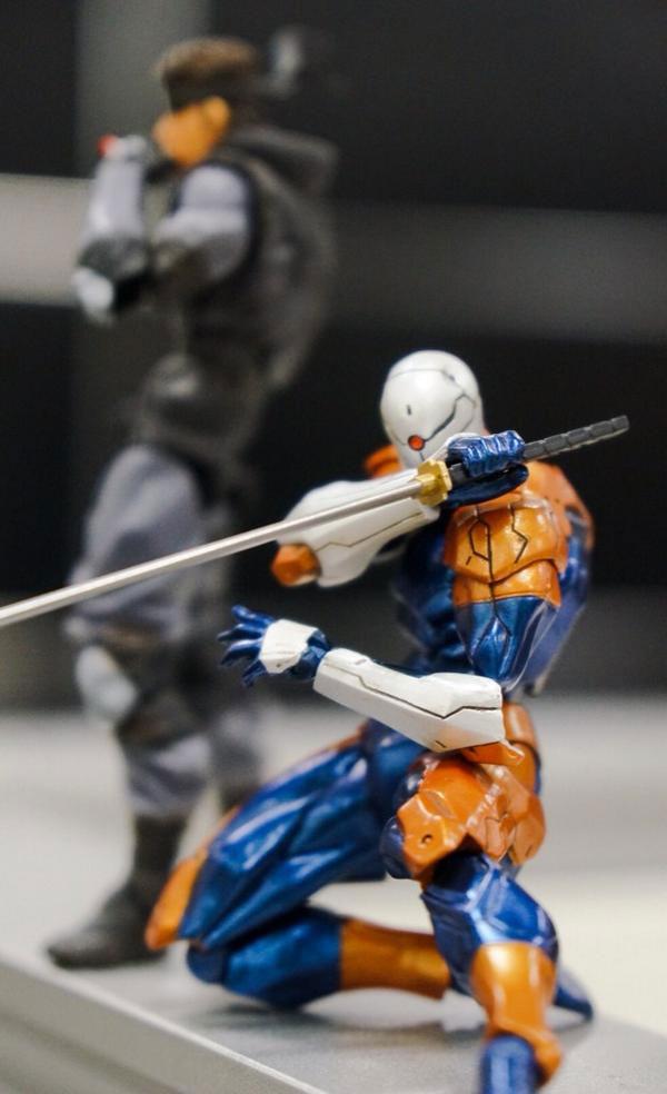 RevolMini-Solid-Snake-and-Gray-Fox-Kojima