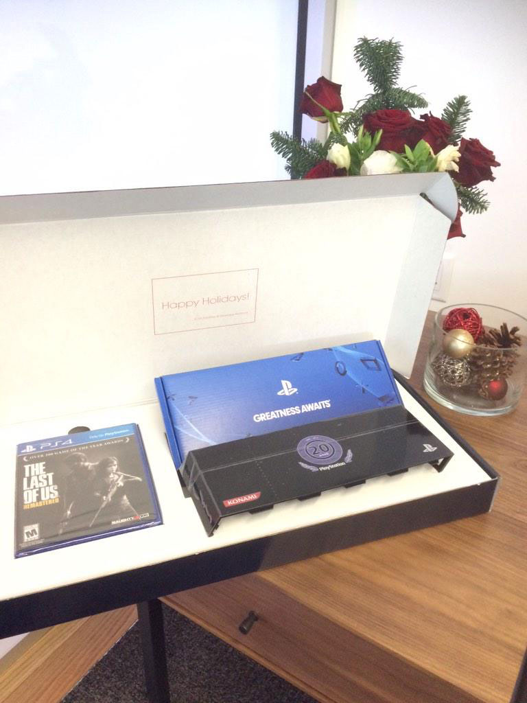 Holiday-Gift-MGO-Team-SCEA