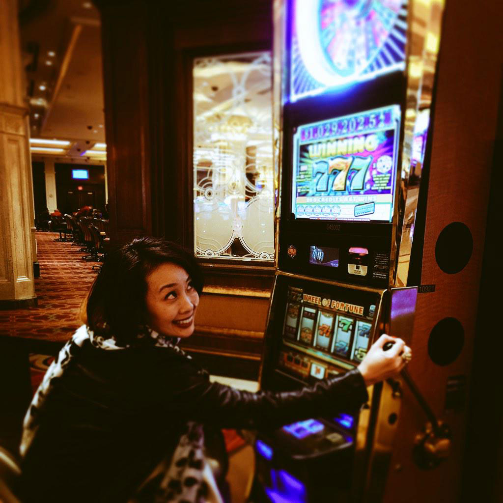 The-Game-Awards-2014-Ayako-Gambling