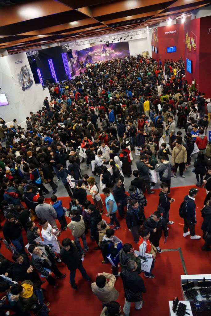 MGSV-Taipei-Game-Show-Crowd