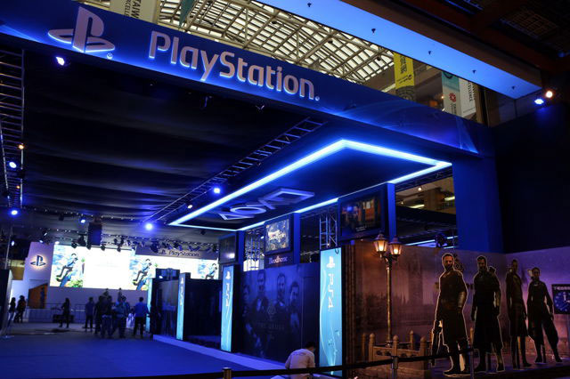 Taipei-Game-Show-2015-Sony-Booth